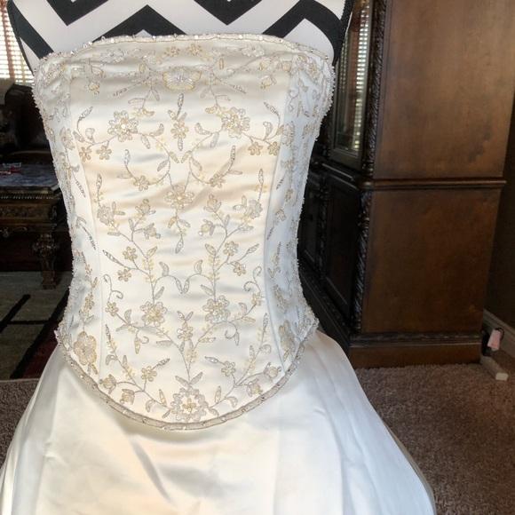 David's Bridal Dresses & Skirts - Wedding Dress